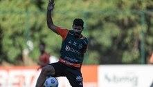 Diego Costa segue em tratamento para poder encarar o Palmeiras no jogo de volta da Libertadores
