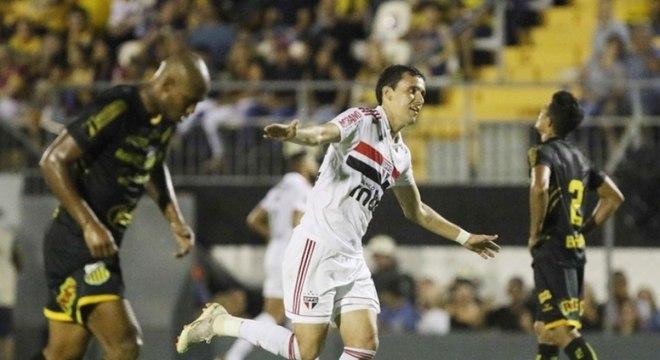Pablo elogia postura do São Paulo e parceria com Diego Souza - Lance ... 36e639c20c3c1