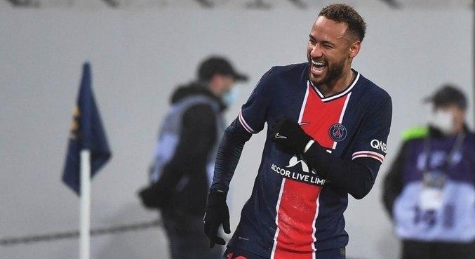 Neymar completou 100 jogos pelo PSG na última partida