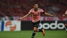 Thiago Galhardo pode ser a novidade do Inter contra o Corinthians