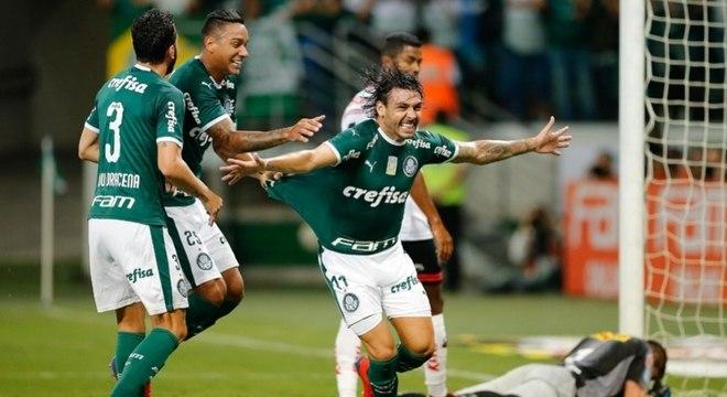 Ricardo Goulart deixou o Palmeiras depois de 12 partidas