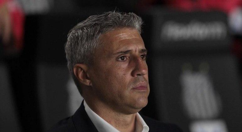 Crespo chega a seis jogos sem vencer no Campeonato Brasileiro