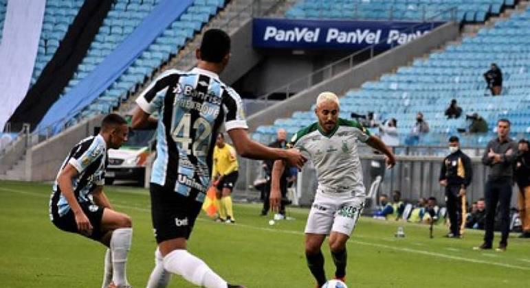 """Grêmio e América-MG ficaram apenas no empate no duelo dos """"atolados"""" do Z4"""