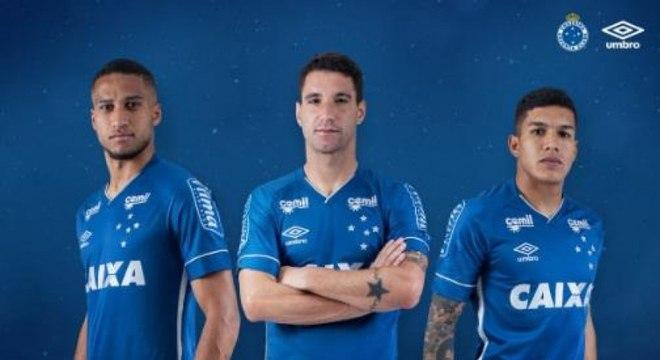 Cruzeiro tenta antecipar renovação com a Caixa Econômica para 2019 ... 1e977a883ce92