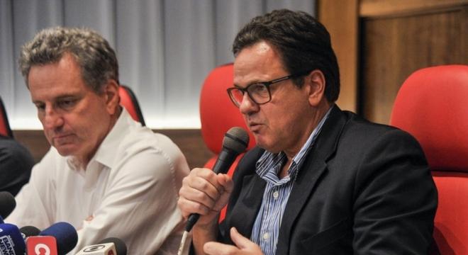 Rodrigo Dunshee voltou a defender o adiamento da partida contra o Palmeiras