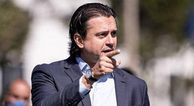 Presidente Sérgio Santos Rodrigues está tentando negociar dívidas do Cruzeiro