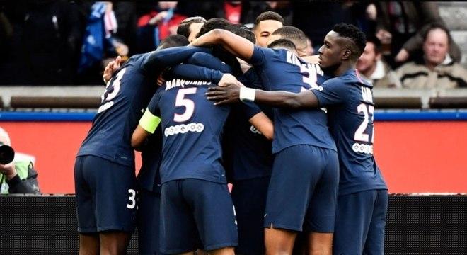 PSG atropela Dijon neste sábado (24) e assume liderança provisória do Francês