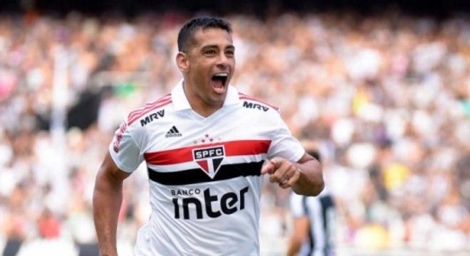 Thiago Ribeiro AGIF  Lancepress! d09a0531a0e1c