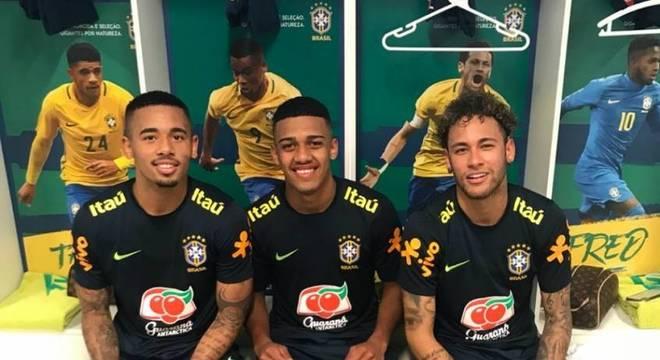 1f7eab50a5 Brenner treina com Neymar e Gabriel Jesus   Vou amadurecer  - Lance ...