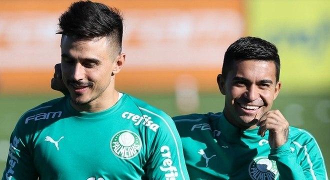 Decisivos no Brasileirão de 2018, Willian e Dudu podem atuar juntos novamente