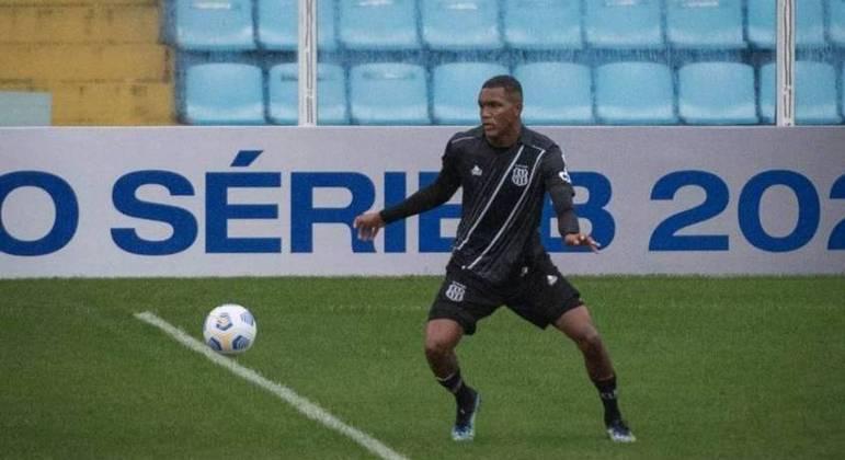 Flamengo tem interesse em Douglas, de 17 anos, promessa da Ponte Preta