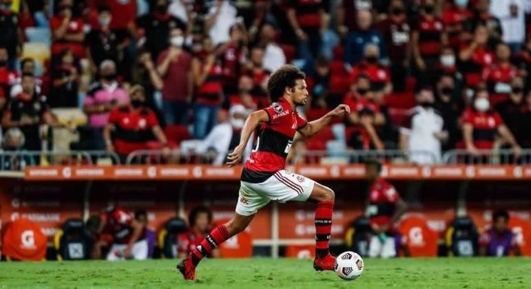Arão tem 1.007 passes certos e apenas 57 errados no Campeonato Brasileiro