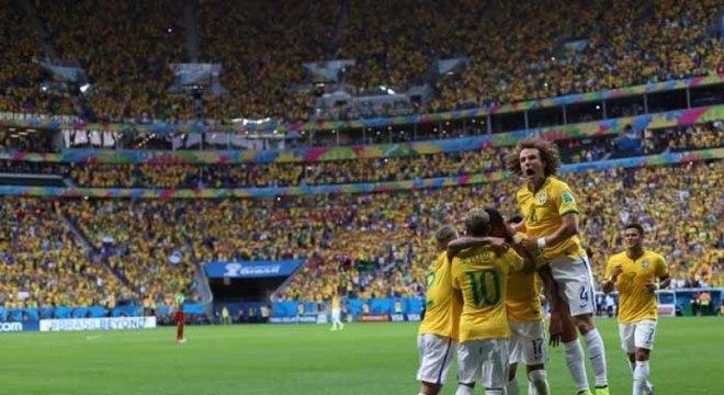 Brasil enfrentou Camarões na Copa do Mundo de 2014