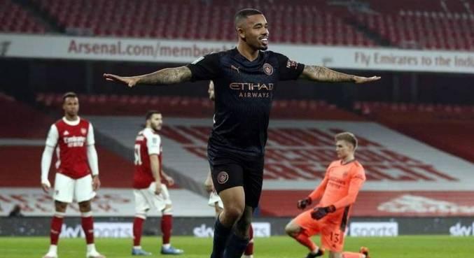 Gabriel Jesus abriu placar na goleada sobre Arsenal pela Copa da Liga Inglesa