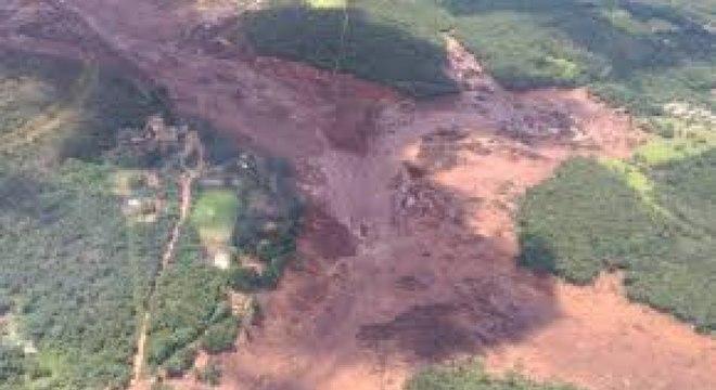 O rompimento da barragem da Vale matou até agora 11 pessoas em Brumadinho