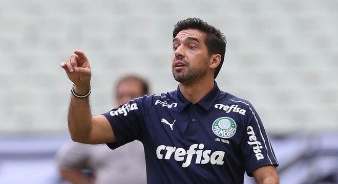 Abel Ferreira deve entrar com time misto contra Vasco, no Allianz Parque