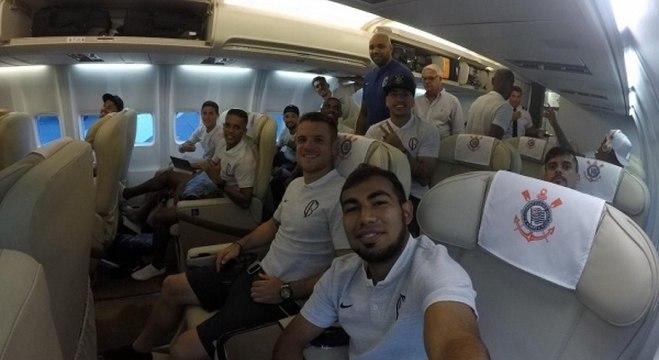 Corinthians viajou em voo fretado para a Argentina