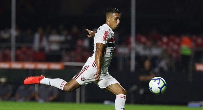 Igor Vinícius fez um belo gol na vitória do São Paulo