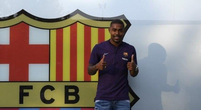 Malcom estava quase acertado com a Roma, mas acabou sendo anunciado pelo Barcelona