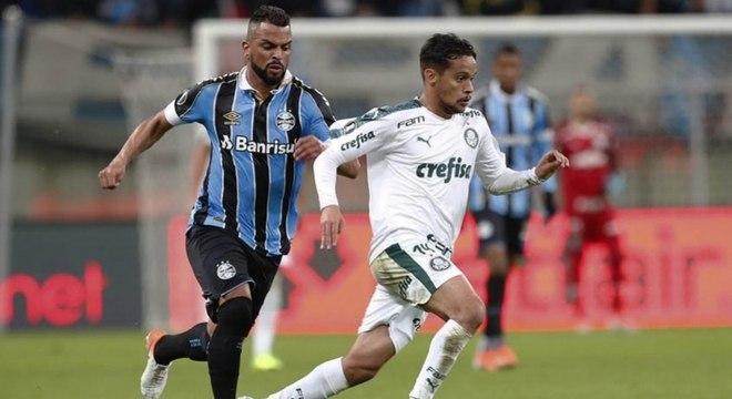 Gustavo Scarpa foi o destaque do jogo de ida entre Grêmio x Palmeiras