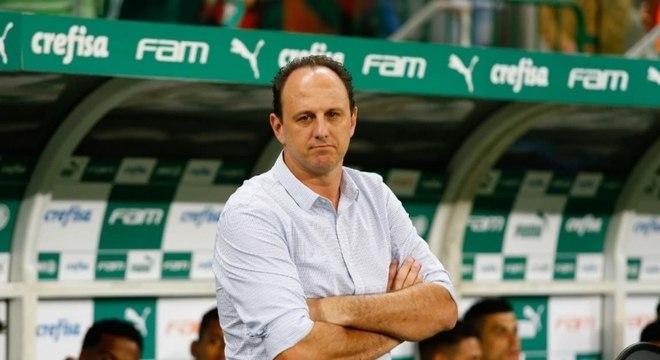 Rogério Ceni está com futuro aberto no Cruzeiro
