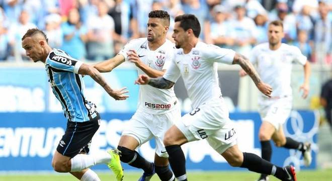 db07b9ec08 Corinthians anuncia acordo com novo patrocinador para o calção ...
