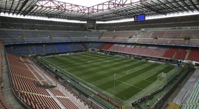 Muitos jogos do Campeonato Italiano acontecerão de portões fechados