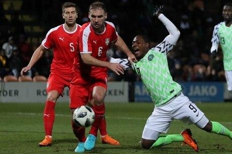 dde2515e1c Sérvia venceu Nigéria por 2 a 0