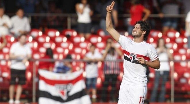 Tricolor anunciou retorno de Pato nesta quarta (27)