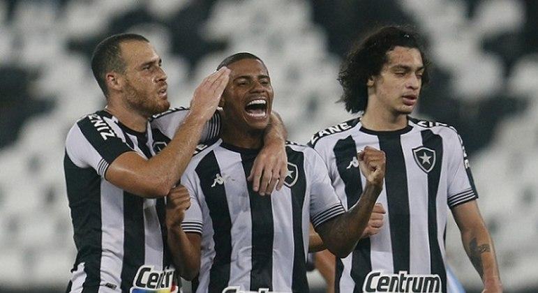 Após goleada em cima do Macaé, Botafogo domina seleção da rodada do Cariocão