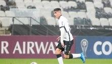 Com boa atuação em goleada do Corinthians, Araos revela conversa com Sylvinho: 'Gosta do meu futebol'