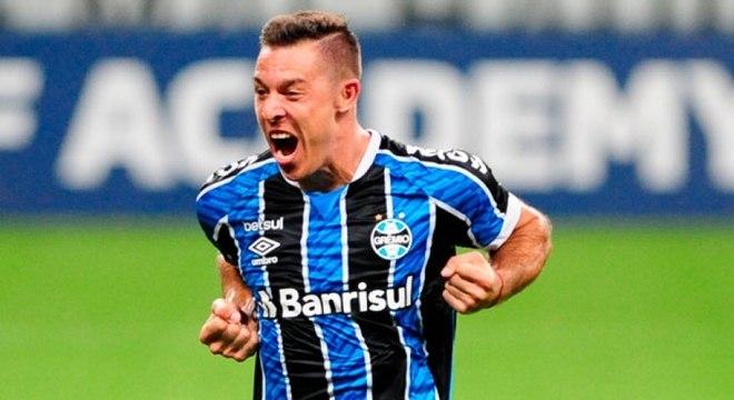 Churín comemora gol que deu vitória ao Grêmio