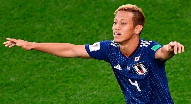 Keisuke Honda, de 33 anos, assina contrato até 2020