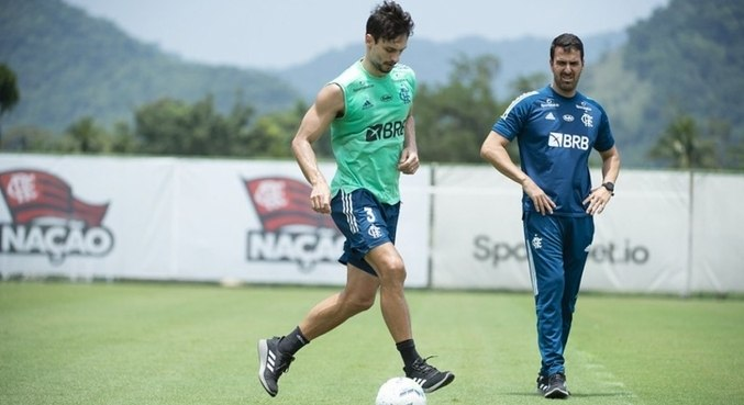 Rodrigo Caio teve problemas de contusão e com covid-19