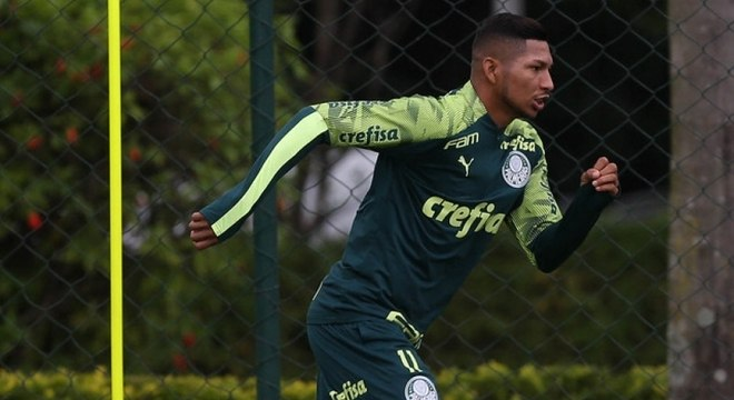 Rony teve inscrição confirmada no Paulista e treinou como titulares
