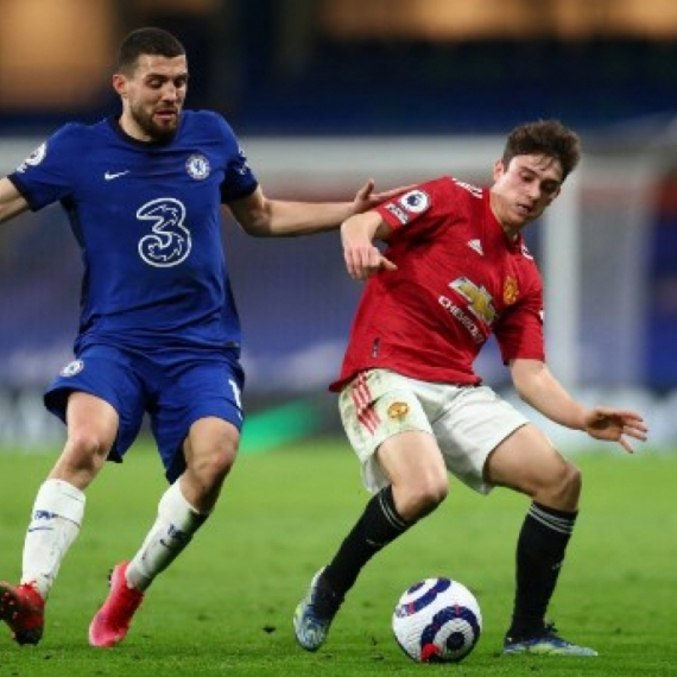 Empate em 0 a 0 frustrou torcidas de Chelsea e United neste domingo (28)