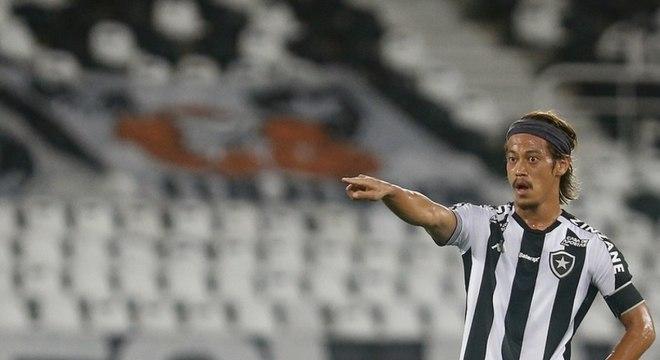 Honda já deixou o Botafogo, mas quis ajudar o clube de alguma forma