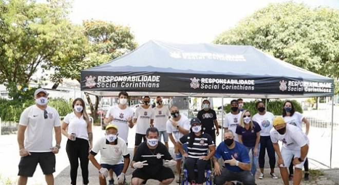 Corinthians lança ação solidária por doações de alimentos na zona leste de SP
