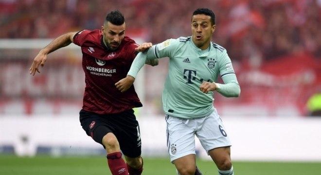 Bayern e Dortmundo brigam ponto a ponto no Alemão