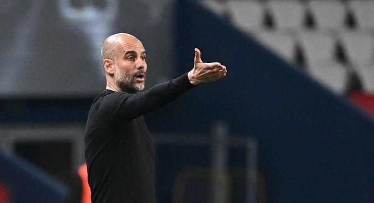 Pep Guardiola garante que irá permanecer no comando dos Citizens