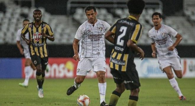 Reestreia de Fred foi marcada por atuação discreta na derrota do Fluminense