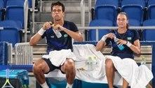 Brasileiro reclama da postura de Djokovic em quadra: 'Pra que isso?'