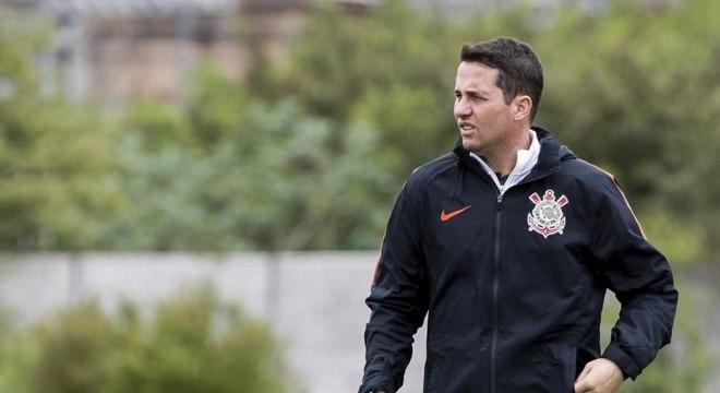 Osmar Loss não é mais treinador do Corinthians