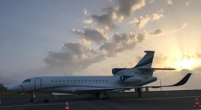 Avião de Leila Pereira já está em Portugal para buscar Abel Ferreira
