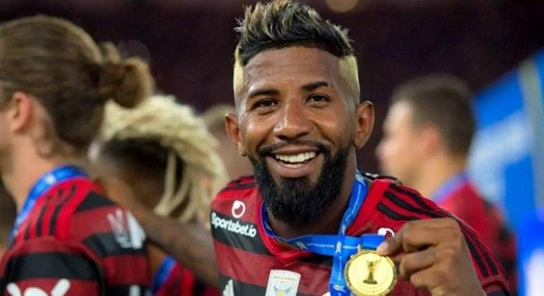 Rodinei poderá ser inscrito pelo Mengão em eventual oitavas de final da Libertadores