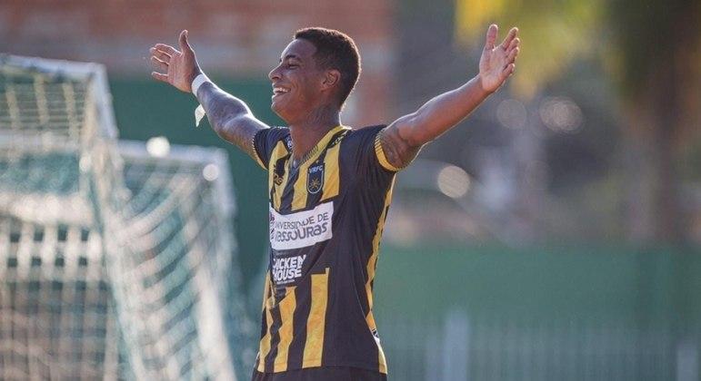 Alef Manga é o atual artilheiro do Campeonato Carioca, com 9 gols