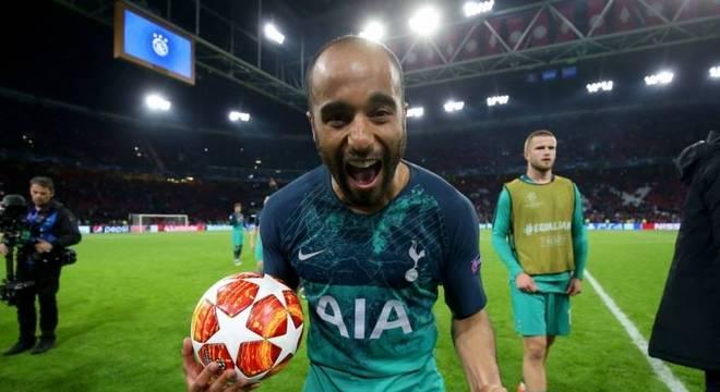 Lucas Moura foi principal jogador da classificação do Tottenham