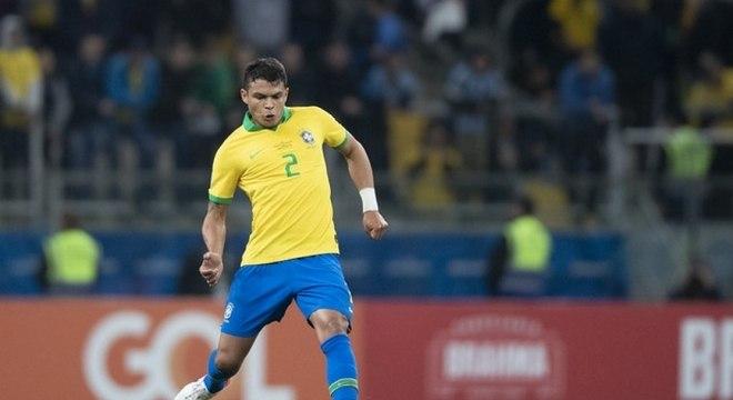 Thiago Silva, zagueiro do PSG e da seleção brasileira, exalta craque argentino