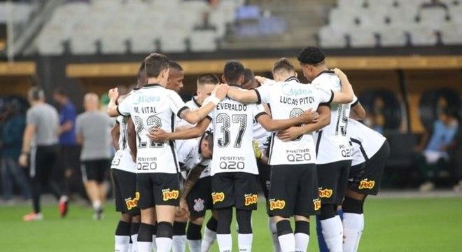 Corinthians teve uma atuação de muitos erros individuais diante do América-MG
