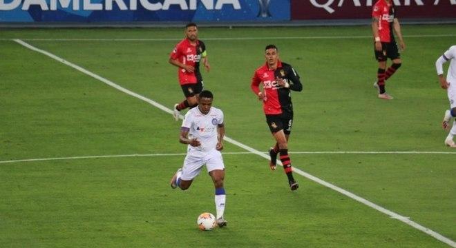 Bahia pouco atacou durante o jogo contra o Melgar
